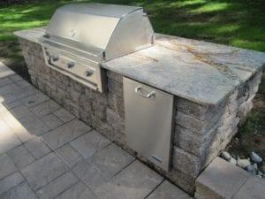 pave block outdoor kitchen