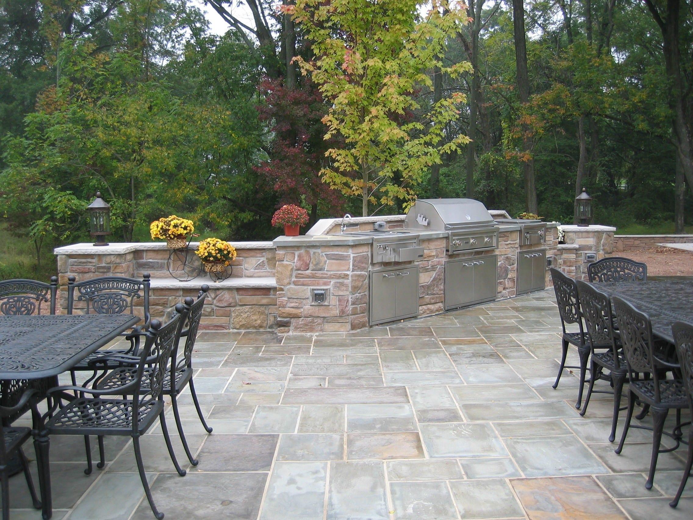 cultured stone outdoor kitchen