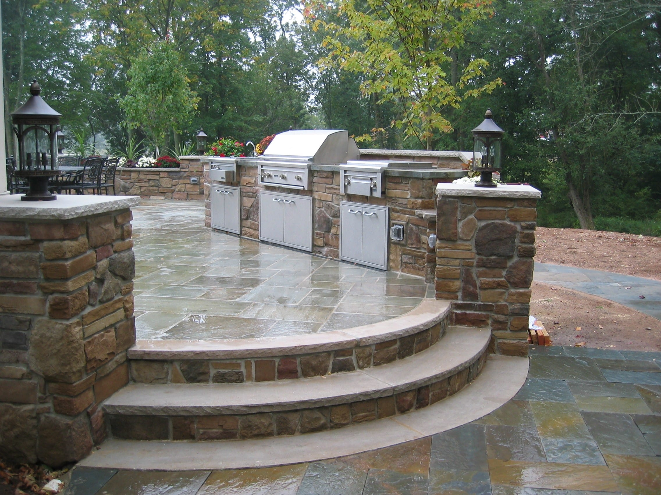 cultured stone outdoor kitchen