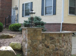cultured stone pillars, bluestone cap