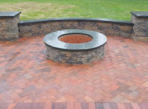 pave block pillars bluestone cap