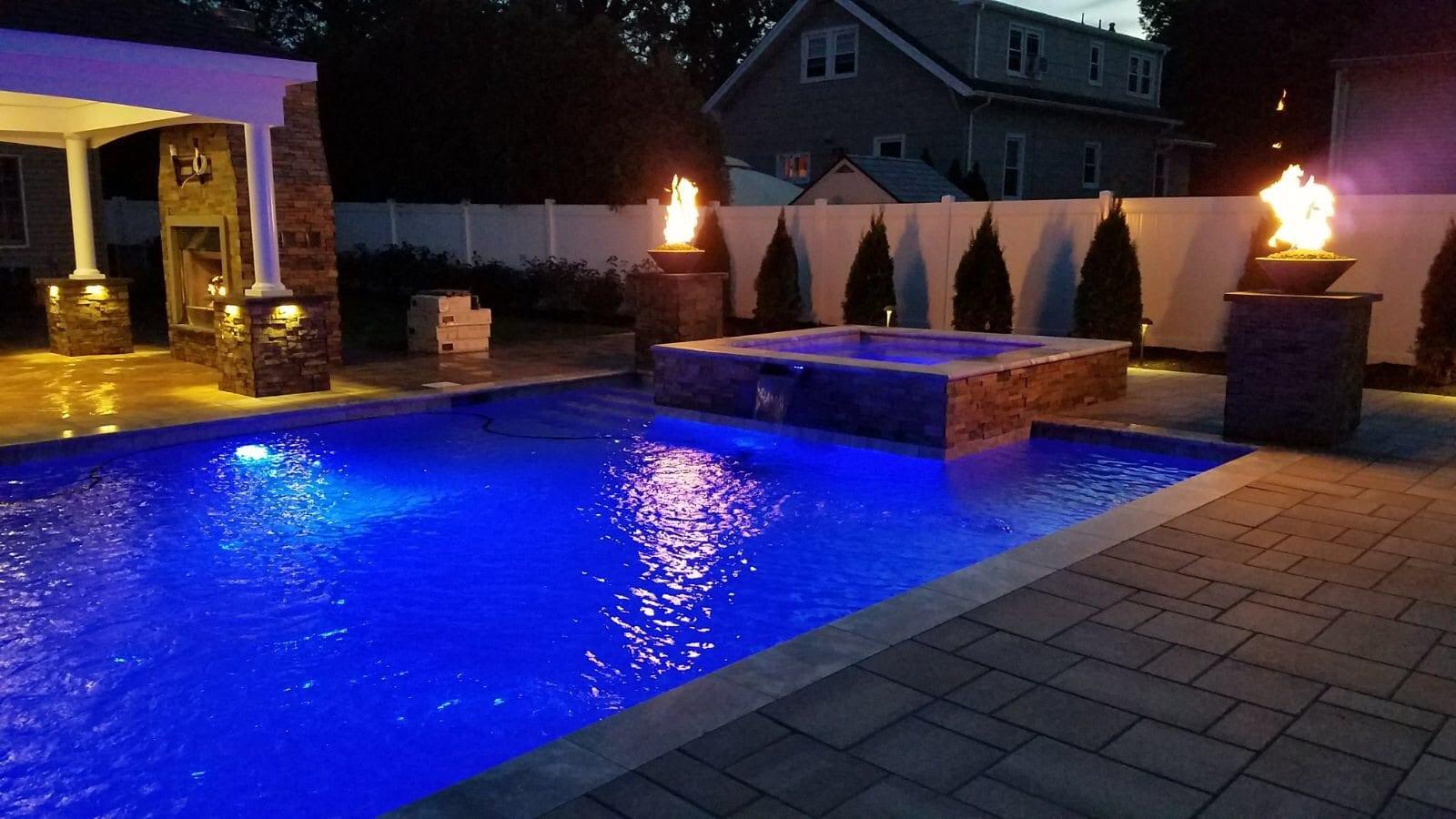 How the Best Landscape Lighting Contractors Save You Money